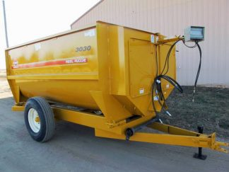 Knight 3030 reel mixer feeder wagon | Farm Equipment>Mixers>Reel Feed Mixers - 1