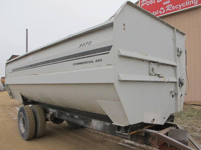 Knight 3070 Reel Mixer Truck Mount | Farm Equipment>Mixers>Reel Feed Mixers - 1