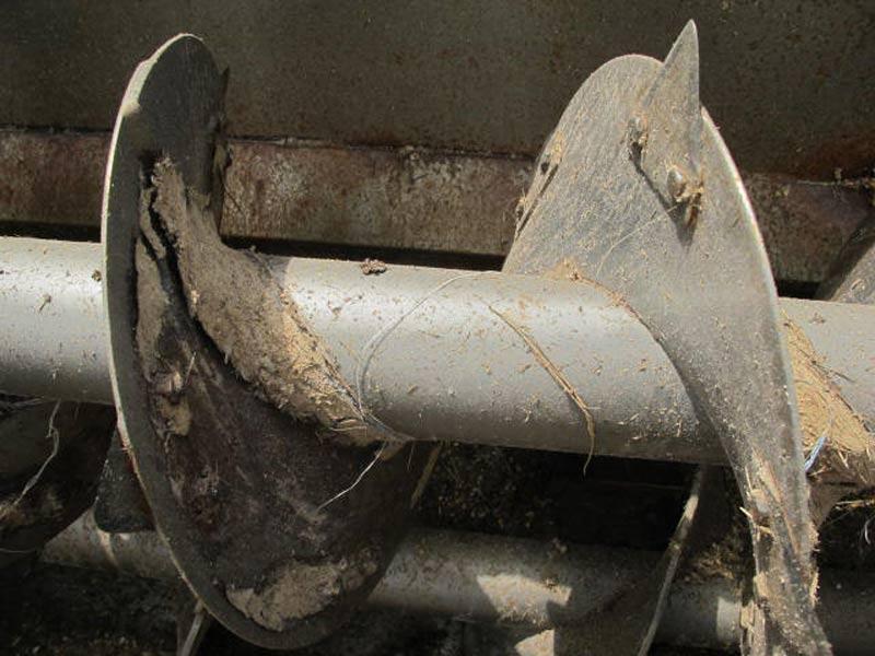 Knight 3120 Reel Mixer Wagon | Farm Equipment>Mixers>Reel Feed Mixers - 4