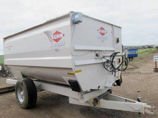 Knight RC 150 reel mixer wagon | Farm Equipment>Mixers>Reel Feed Mixers - 1