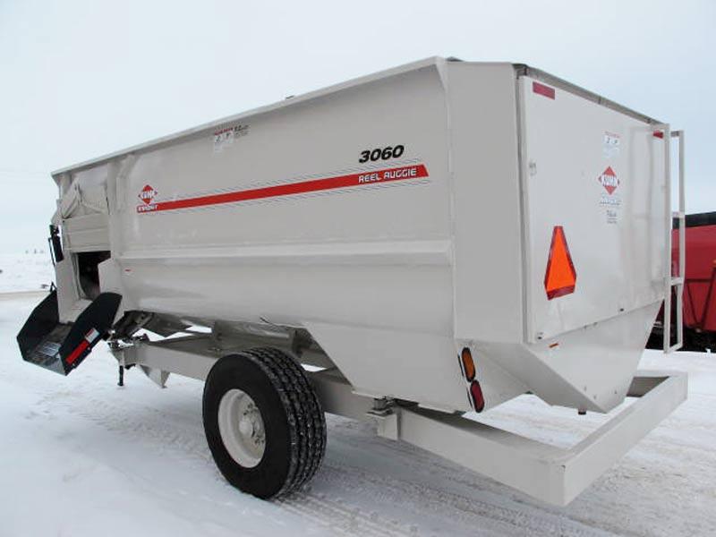 Knight 3060 reel mixer feeder wagon   Farm Equipment>Mixers>Reel Feed Mixers - 6