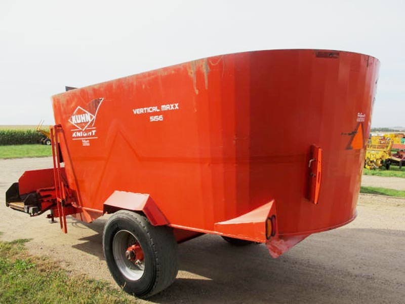 Knight 5156 vertical mixer wagon | Farm Equipment>Mixers>Vertical Feed Mixers - 6