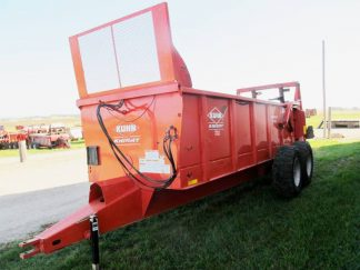 Kuhn Knight PS 160 Vertical Beater Manure Spreader | Farm Equipment>Manure Spreaders - 1