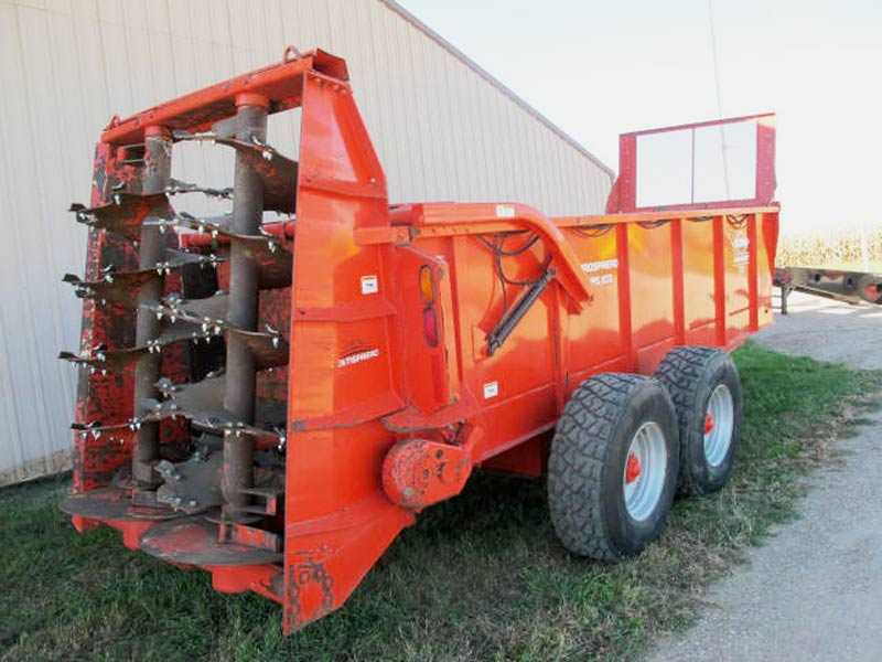 Kuhn Knight PS 160 Vertical Beater Manure Spreader | Farm Equipment>Manure Spreaders - 6