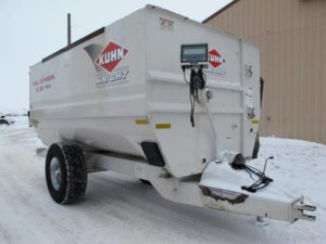Knight RC 250 reel mixer wagon