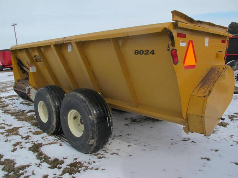 knight 8024 manure spreader | Farm Equipment>Manure Spreaders - 8