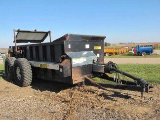 Meyers 3750 manure spreader | Farm Equipment>Manure Spreaders - 1