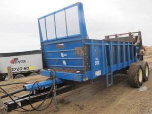 SAC 5180 vertical beater spreader | Farm Equipment>Manure Spreaders - 1