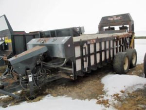 S and R manufacturing manure spreader