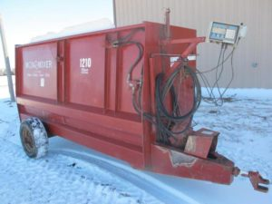 Mono Mixer 1210 feed wagon