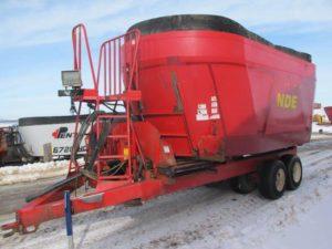 NDE 2802 vertical mixer wagon