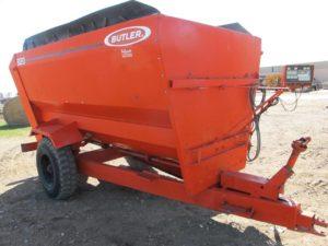Oswalt 320 mixer wagon | Farm Equipment>Mixers>Misc. Feed Mixers - 1