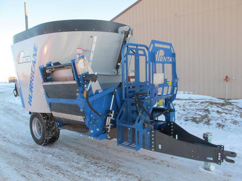 Penta 4130 vertical mixer wagon | Farm Equipment>Mixers>Vertical Feed Mixers - 1