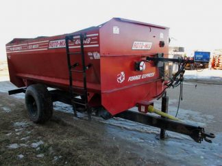 Roto-Mix 414-14B Reel Mixer Wagon | Farm Equipment>Mixers>Reel Feed Mixers - 1