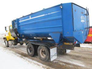 SAC 6070 reel mixer wagon | Farm Equipment>Mixers>Reel Feed Mixers - 1