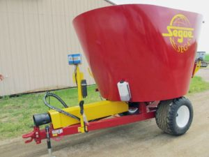 Segue/Supreme 4S vertical mixer wagon | Farm Equipment>Mixers>Vertical Feed Mixers - 1