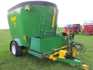 Segue 3840 vertical mixer wagon | Farm Equipment>Mixers>Vertical Feed Mixers - 1