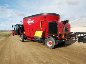 Supreme SPSL30T feed mixer wagon | Farm Equipment>Mixers>Vertical Feed Mixers - 1