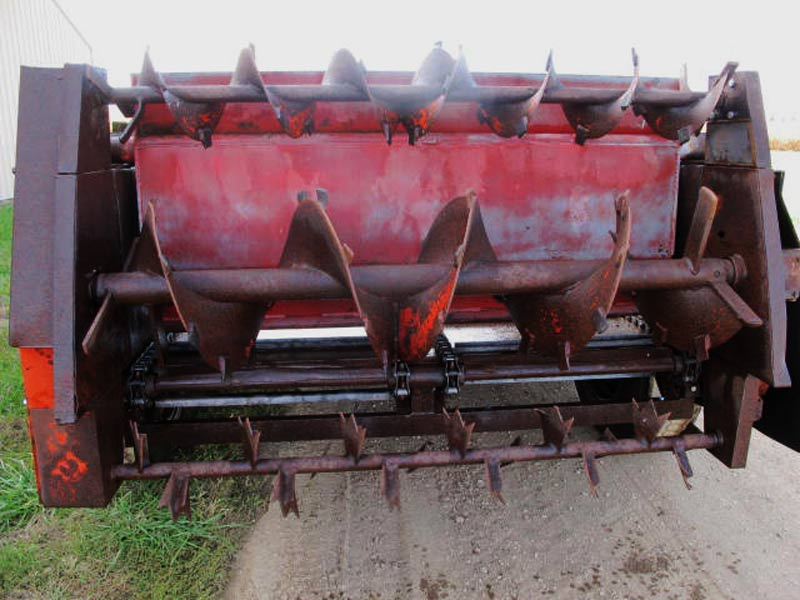 Knight 410 horizontal beater manure spreader   Farm Equipment>Manure Spreaders - 6