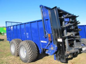 JBS VMEC 2048 manure spreader | Farm Equipment>Manure Spreaders - 1