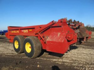 New Holland 195 spreader | Farm Equipment>Manure Spreaders - 1