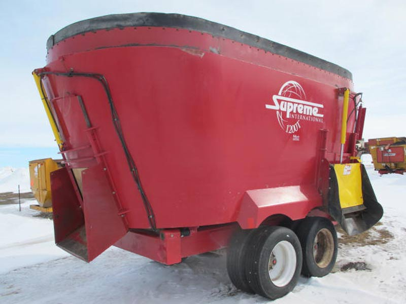 Supreme 1200T Vertical mixer wagon | Farm Equipment>Mixers>Vertical Feed Mixers - 5