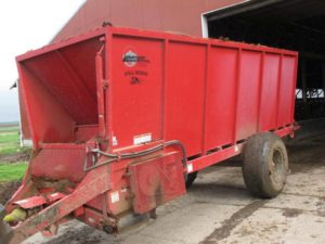 Whatcom 1800 stall bedder