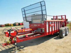 Hagedorn 5290 manure spreader | Farm Equipment>Manure Spreaders - 1