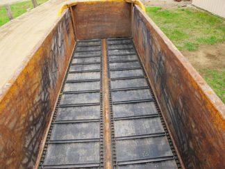 Knight 1159 manure spreader | Farm Equipment>Manure Spreaders - 3