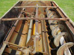 Knight 3030 reel mixer wagon | Farm Equipment>Mixers>Reel Feed Mixers - 5