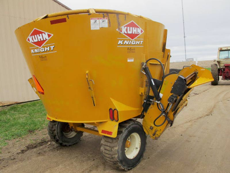 Knight 5127 TMR Mixer Wagon | Farm Equipment>Mixers>Reel Feed Mixers - 6