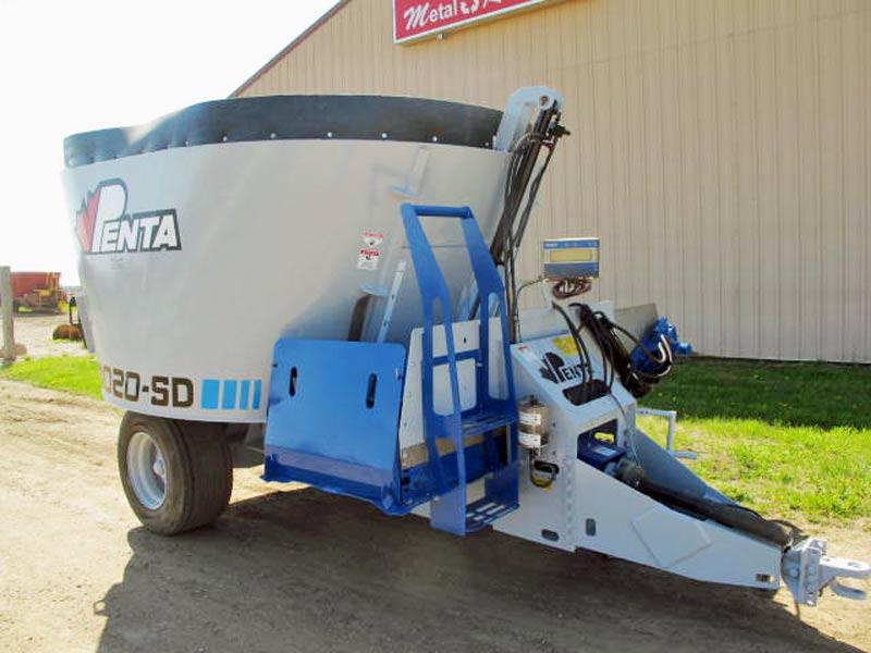 Penta 4020 vertical mixer wagon | Farm Equipment>Mixers>Vertical Feed Mixers - 1