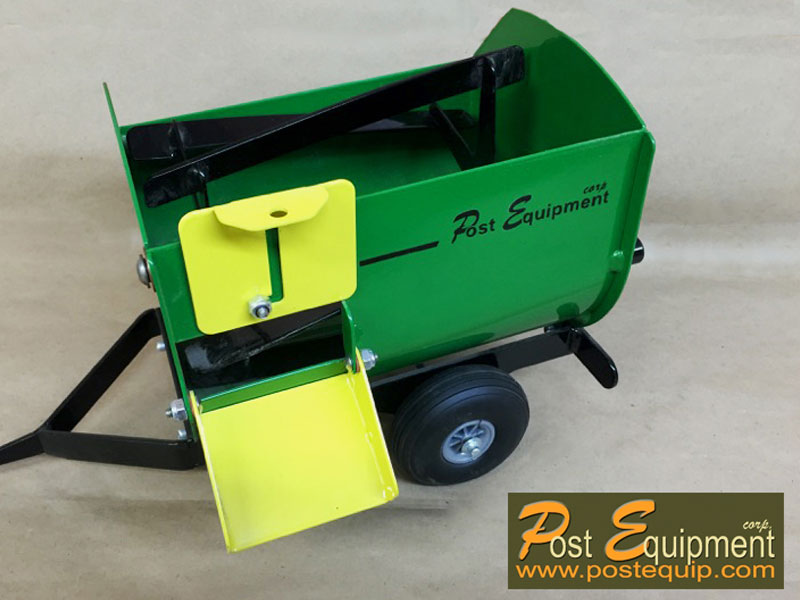 Green Lil' Mix Toy Feeder Wagon   Farm Equipment Parts>Toys / Misc Parts - 3