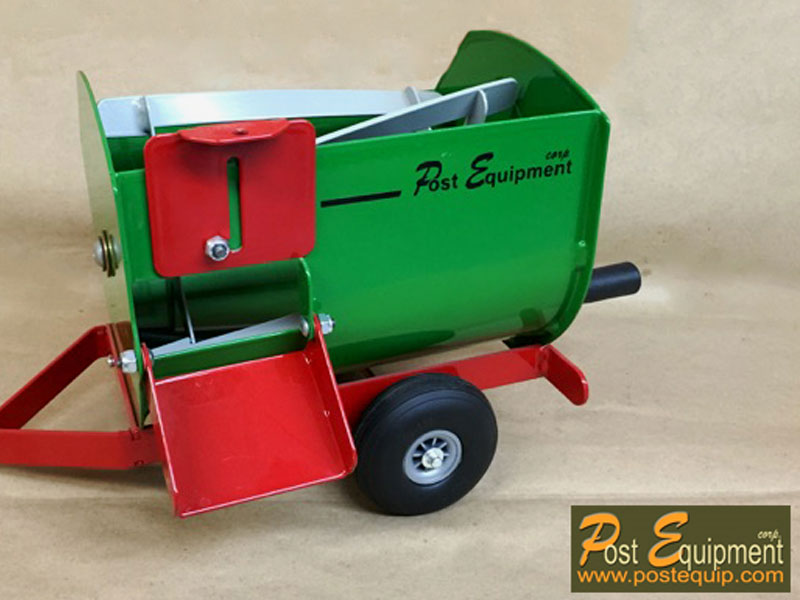 Green Lil' Mix Toy Feeder Wagon   Farm Equipment Parts>Toys / Misc Parts - 5