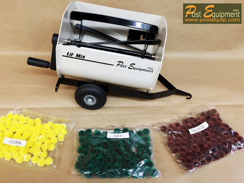 White Lil' Mix Toy Feeder Wagon   Farm Equipment Parts>Toys / Misc Parts - 1