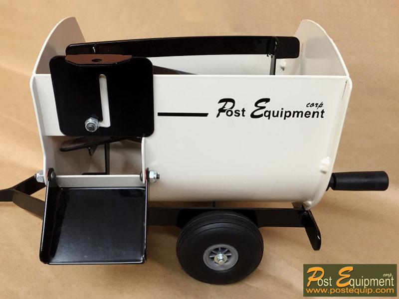 White Lil' Mix Toy Feeder Wagon | Farm Equipment Parts>Toys / Misc Parts - 2