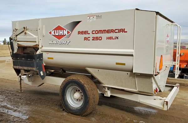 Knight-RC250-Helix-Reel-Mixer-Wagon