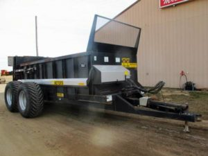 Meyers VB750 Vertical Beater Manure Spreader