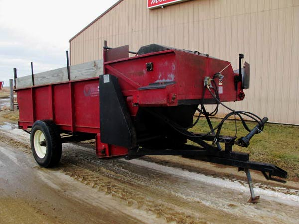 Roorda Highlift 5x12 Feeder Wagon