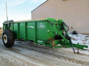 Roda 810 manure spreader