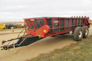 Spread All TR22t manure spreader