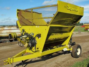 Dagelman 3100 Bale Shredder