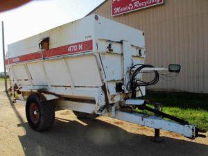 Harsh 470H 4 auger mixer wagon