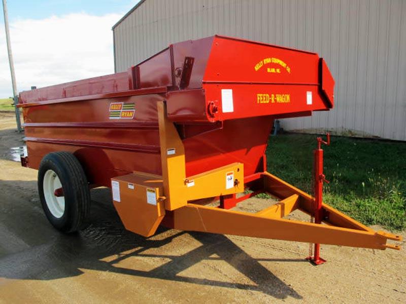Kelly Ryan 5 x 12 Bunk Feeder Wagon