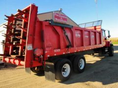 IH 5600 I Truck with Roda 2020 Manure Spreader