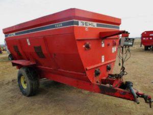 Gehl 7335 4-Auger Mixer Wagon