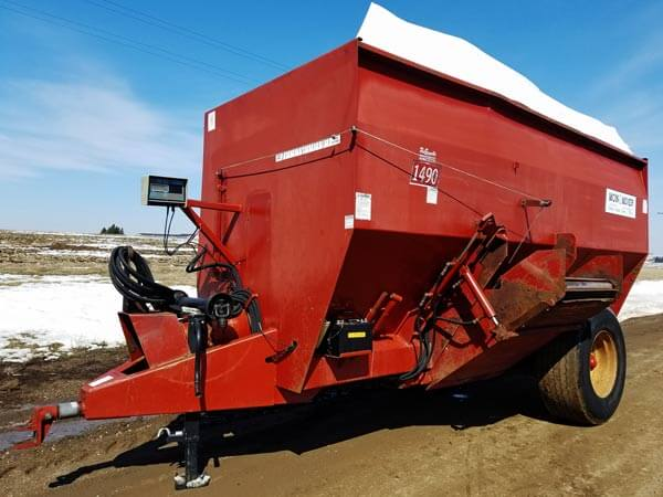 Mono-Mixer-1490-Feeder-Wagon-ID2905