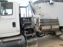 Penta-8020-HD-on-04-IH-Truck-ID2799-3