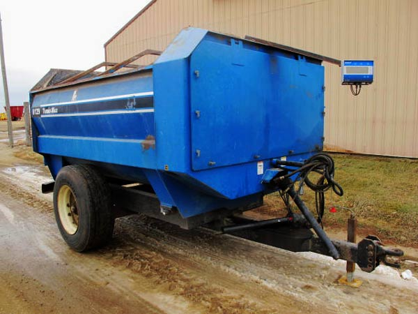 SAC  6129 Reel Mixer Wagon