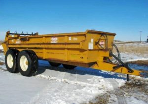 Kuhn-Knight-1140-Manure-Spreader